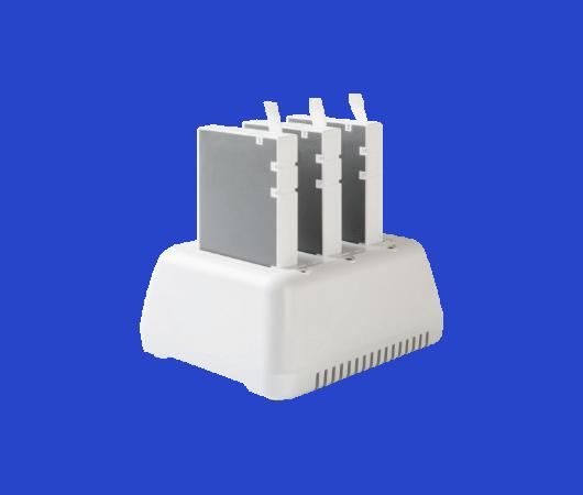 Caricabatterie 3 slot